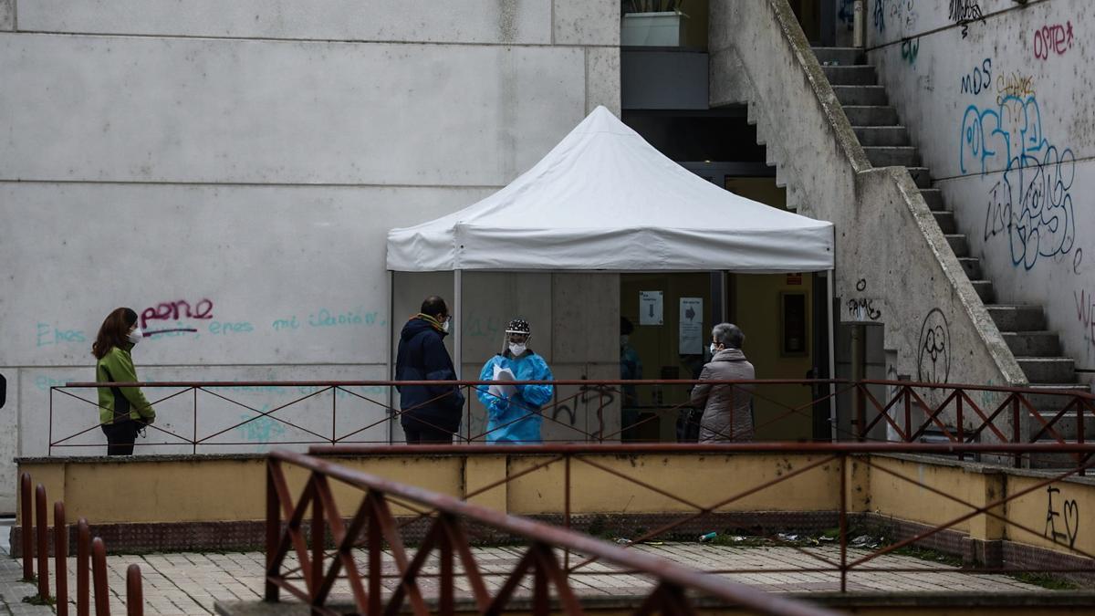 Realización de pruebas en el centro de salud Puerta Nueva