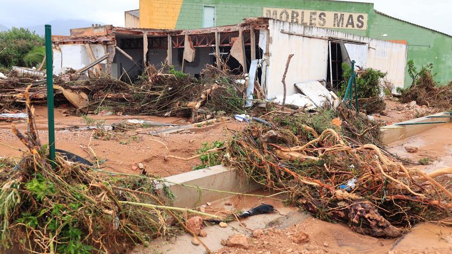 Las tormentas causan numerosos destrozos en Alcanar (Tarragona) y Vinaròs (Castellón)