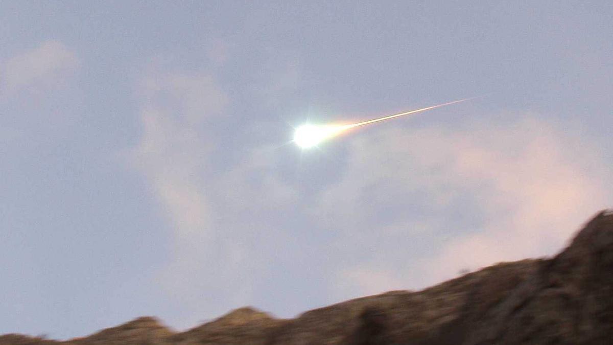 Avistada una bola de fuego en el sur peninsular al entrar en la atmósfera.