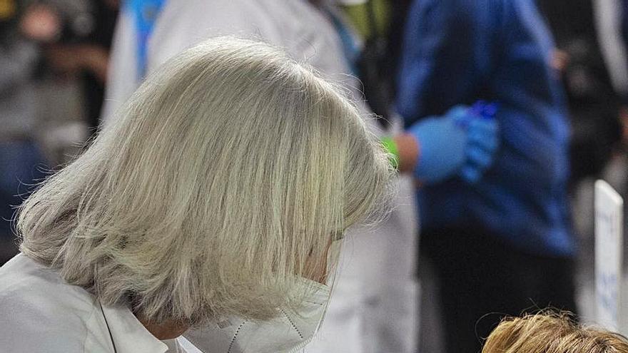 La Agencia Europea también investiga casos de trombos en vacunados con Janssen