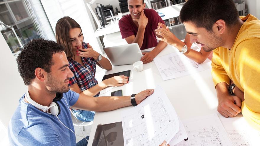 La importancia de colegiarse como aparejador, arquitecto técnico o ingeniero de edificación