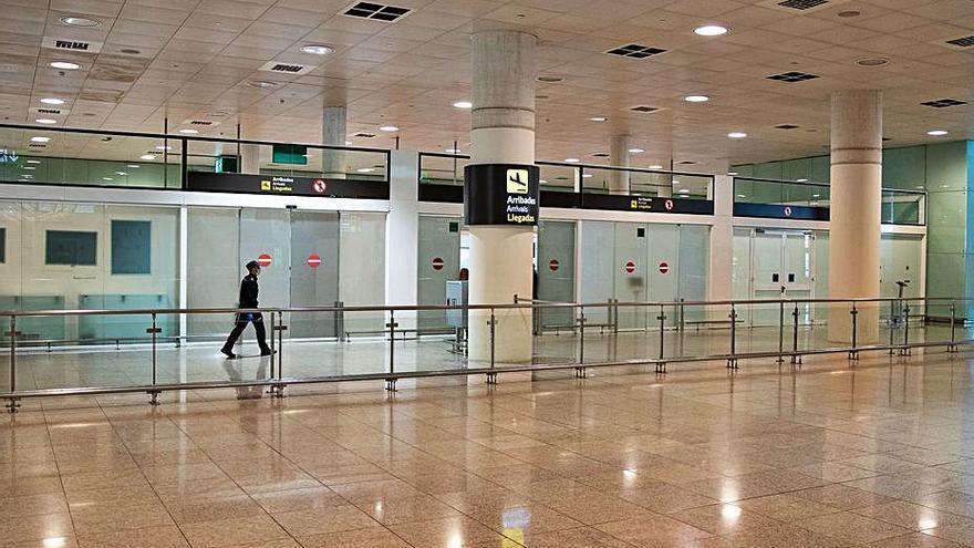 L'aeroport de Barcelona, a punt d'obrir les dues clíniques de proves