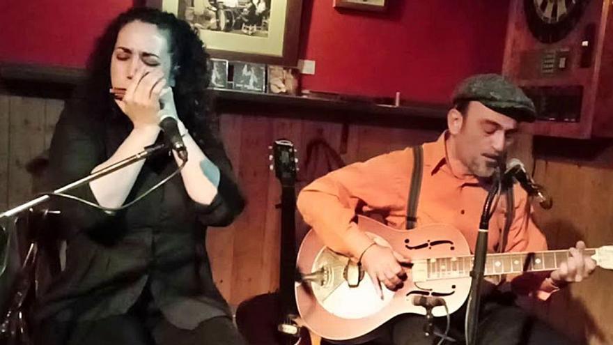 Sweet Marta & Johnny Big Stone porten el seu directe a Portbou