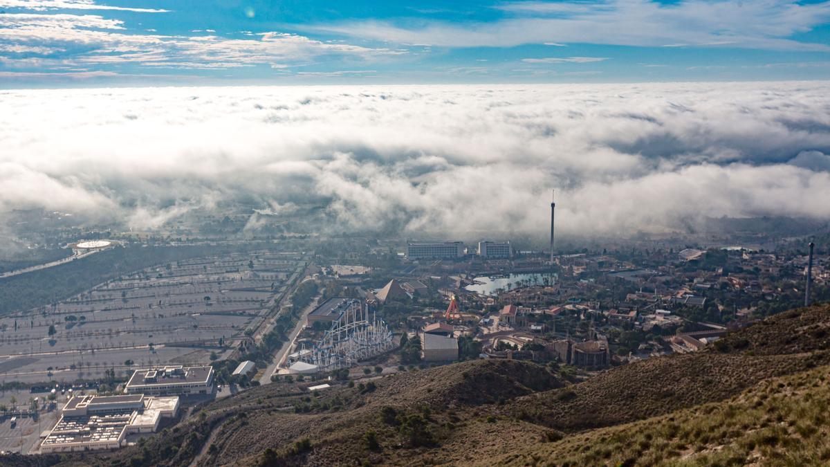 The fog over Terra Mitica in Benidorm