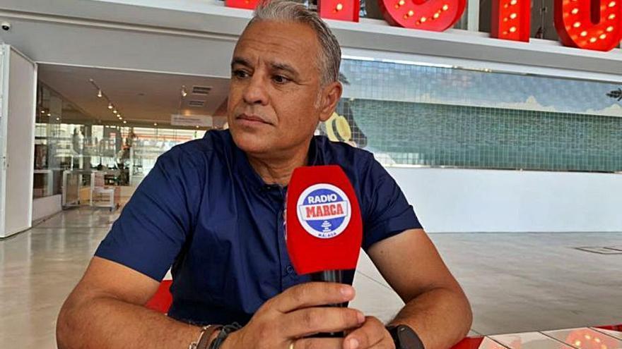 Radio Marca condecora a Pellicer