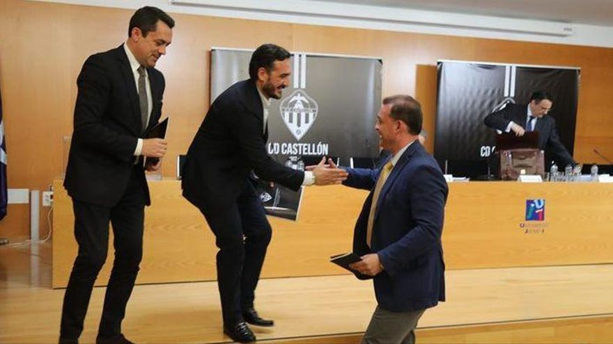 Garrido solo vendería el Castellón a Montesinos y por 2,3 millones