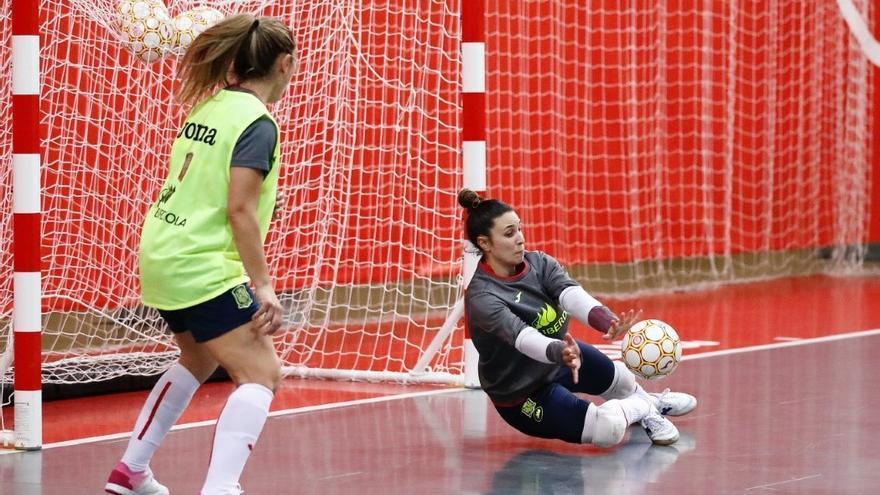 Cristina García seguirá parando en el Roldán de la Primera División de fútbol sala