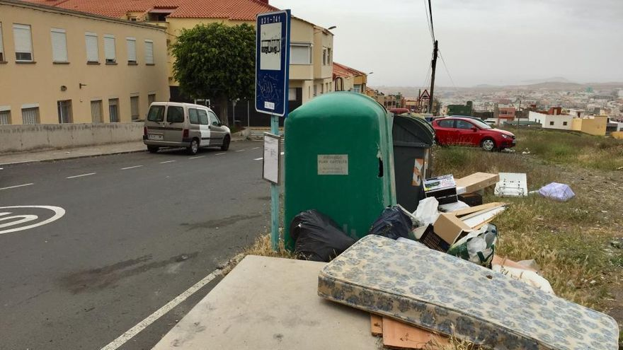 Una parada de guaguas apestosa en Caserones