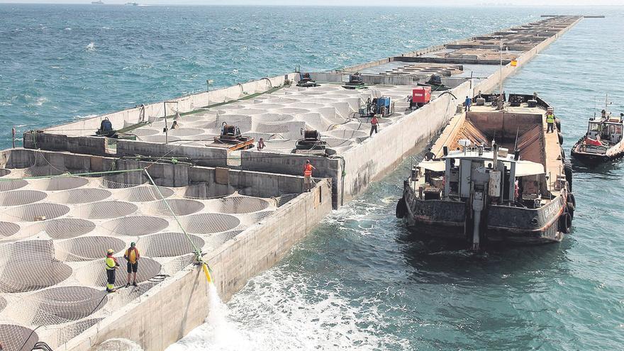 Rover Maritime pone en marcha un proyecto para promover parques eólicos en los puertos