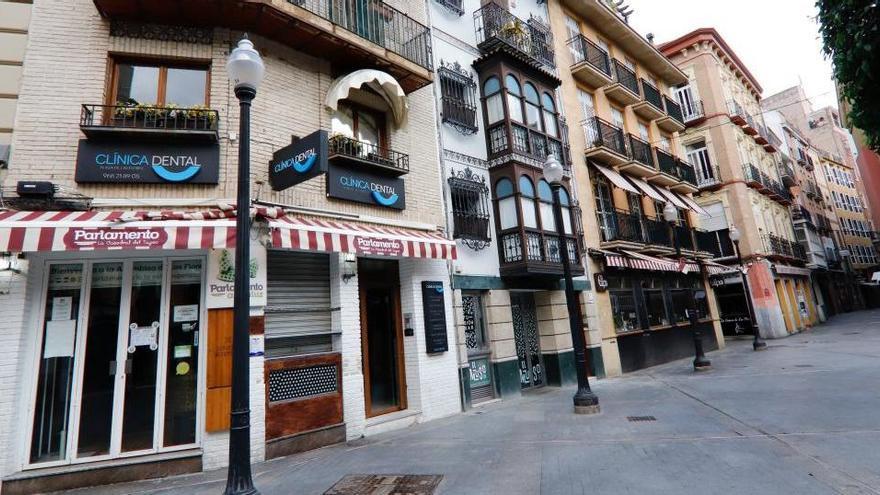 Murcia cierra bares y restaurantes este sábado