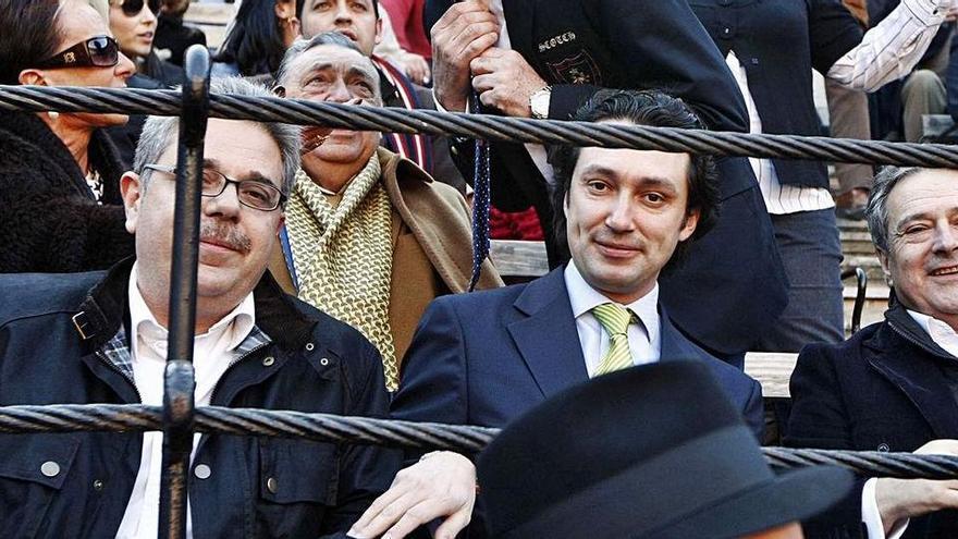 Procesan al yonqui del dinero y un ex alto cargo del PP por Taula