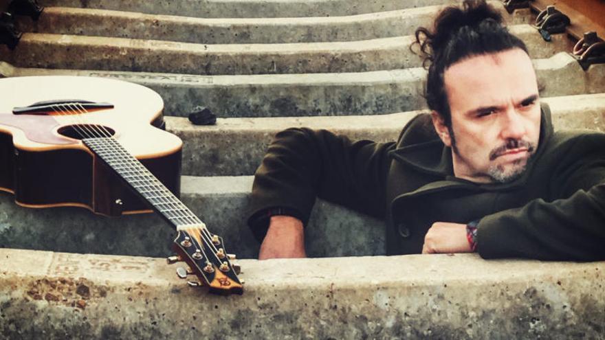 Ricardo Marín porta «Los lunes al song» aquesta nit al Voilà!
