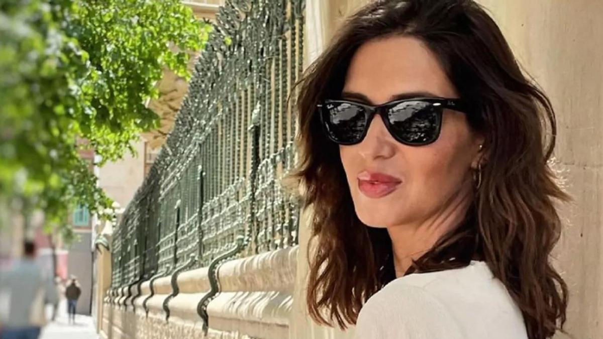 Sara Carbonero se ha dictado sentencia en tendencias con un vestido de Zara