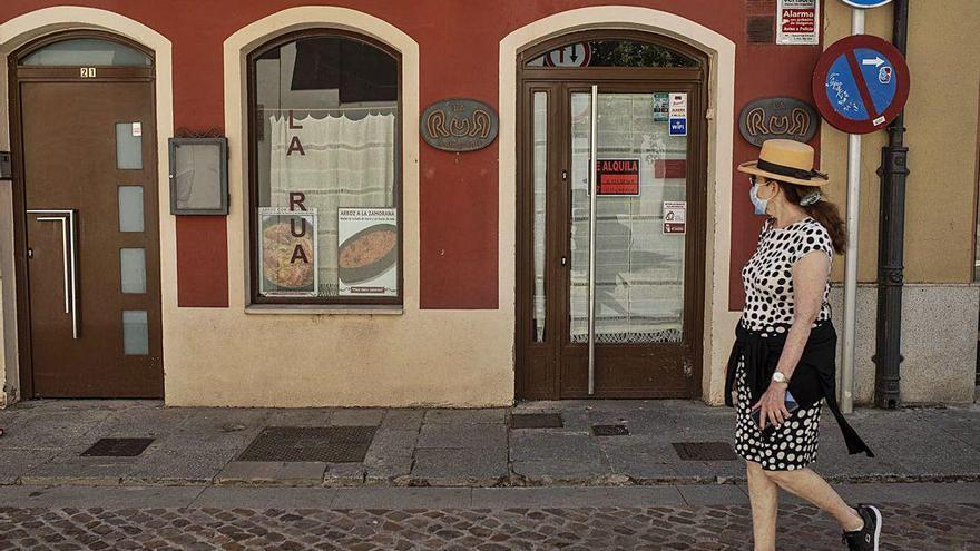 """Restaurante """"La Rua"""", en el casco antiguo, que no ha recuperado la actividad tras la pandemia."""