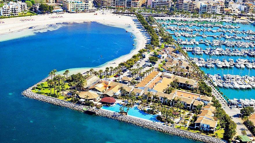 Alcúdia abre la puerta a legalizar el uso hotelero del puerto deportivo