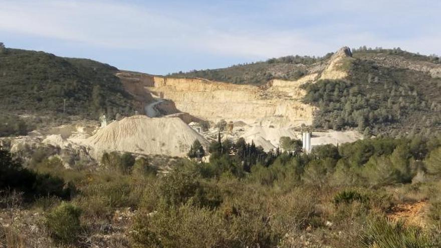 Piden recalificar 12 hectáreas forestales para ampliar un 53% la cantera de Bellús