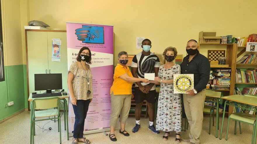 El Rotary Club Palma Ramón Llull beca a un universitario de Naüm Son Roca