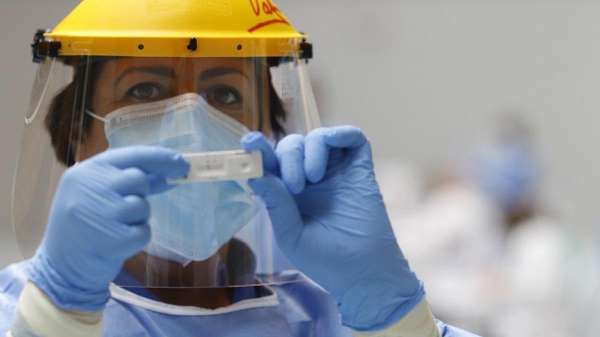 España registra 25.595 nuevos contagios de coronavirus