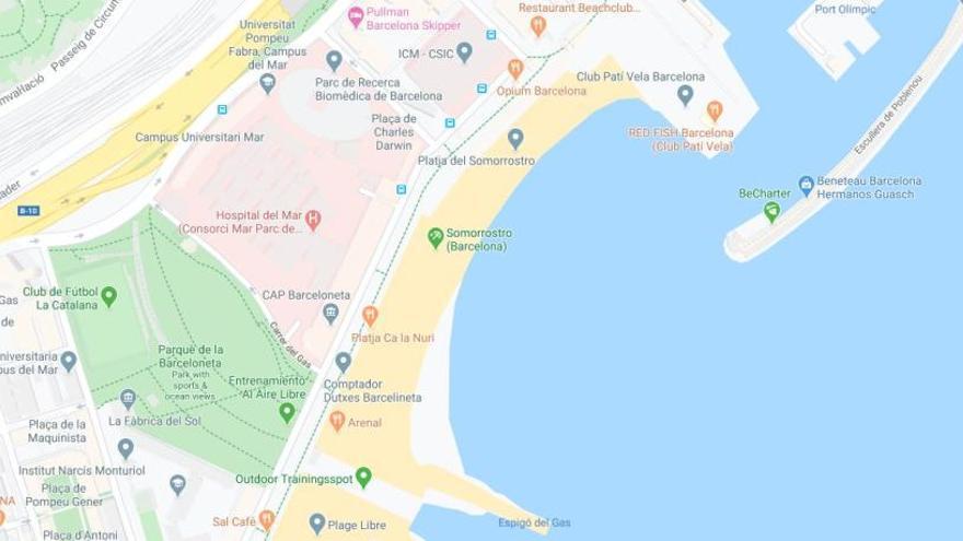 Acordonada la platja del Somorrostro de Barcelona per un possible projectil