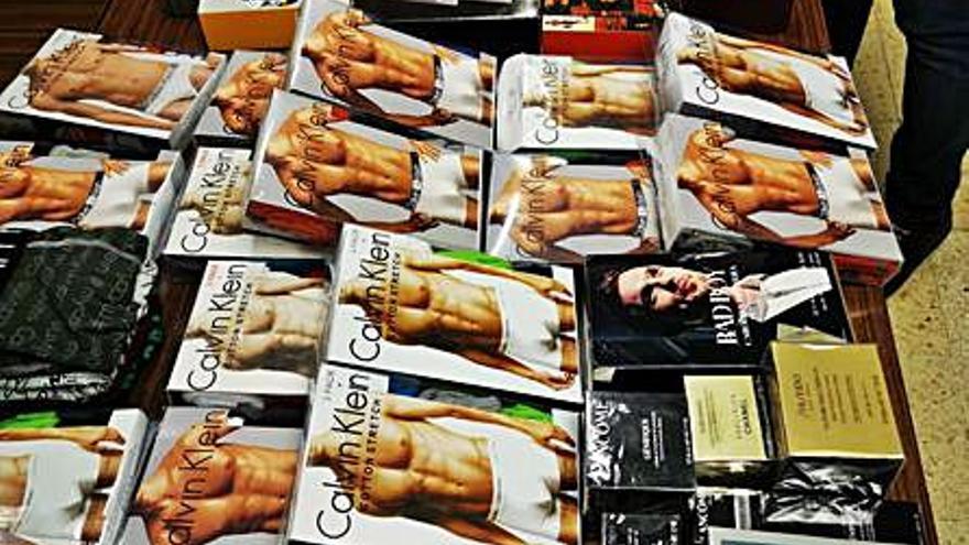 Intervienen prendas de marca falsificadas en Pere Garau