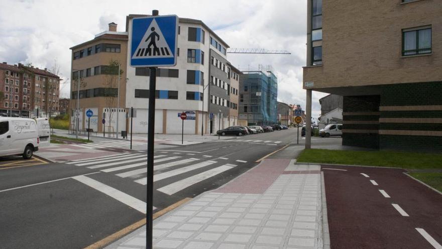 Siero reordena la zona azul de Lugones por los proyectos para el carril bici