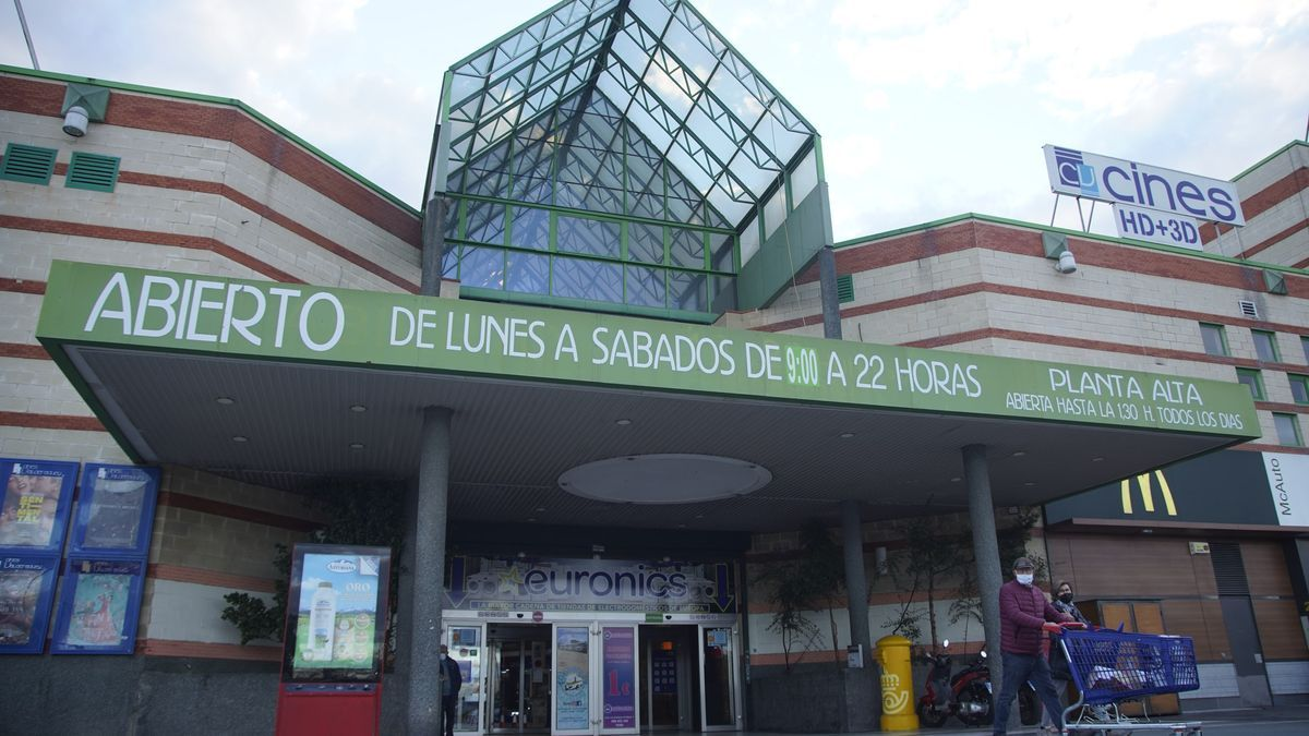 Centro Comercial Valderaduey de Zamora.