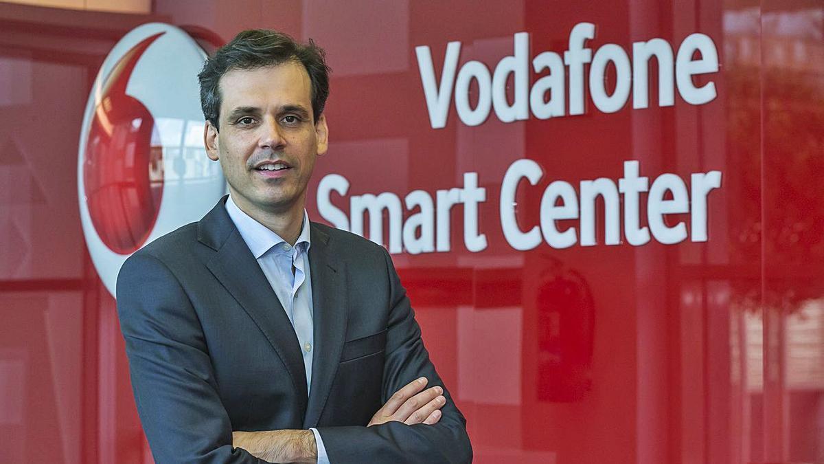 Rafael Alcaide, director territorial de Vodafone en Andalucía y Extremadura. | LA OPINIÓN