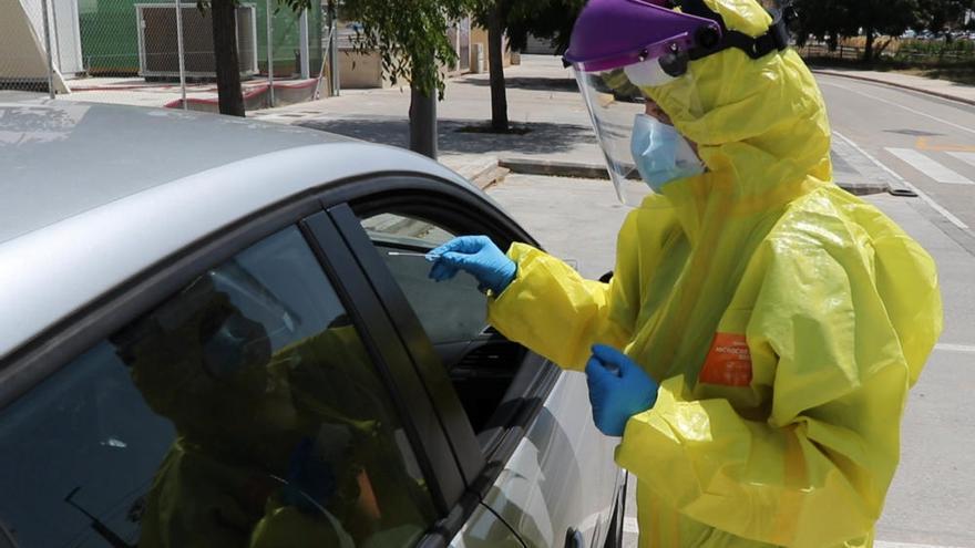 Empiezan las pruebas a los clientes de las discotecas de València con contagios