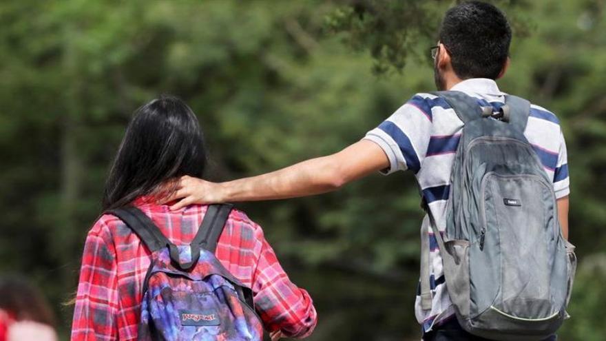"""La FAD alerta del """"preocupante agravamiento"""" del control machista entre jóvenes"""
