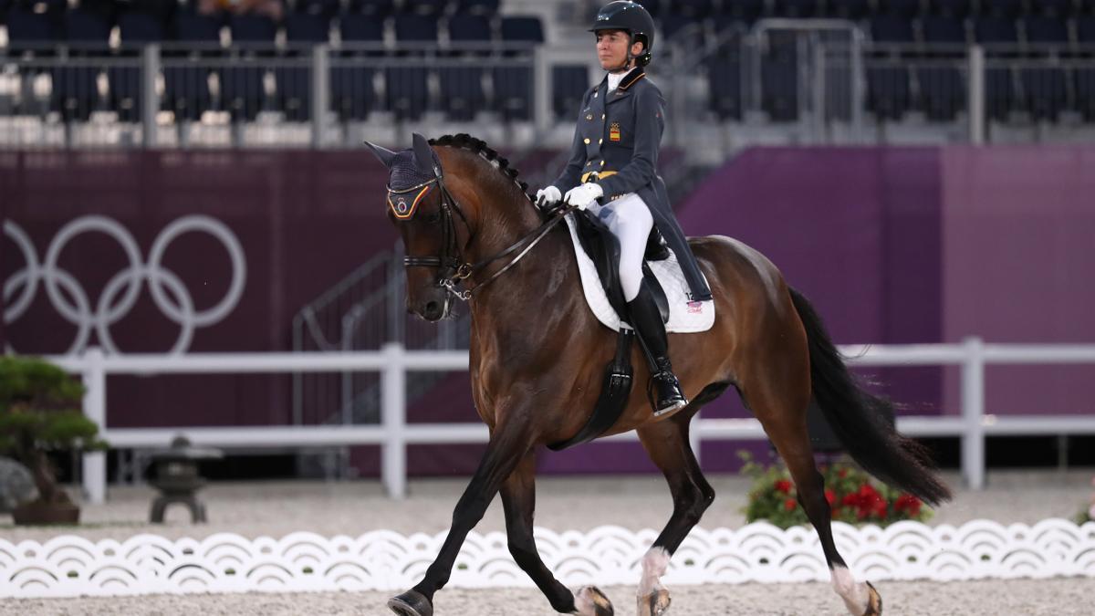 Beatriz Ferrer-Salat y 'Elegance' en el Gran Premio de doma clásica de los JJOO.