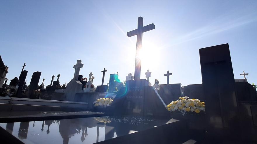 Así habrá que acceder al cementerio de Oviedo el día de Todos los Santos