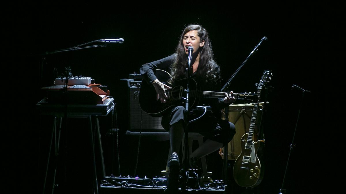La pluja ha obligat a suspendre el concert de Sílvia Pérez Cruz a Peralada.
