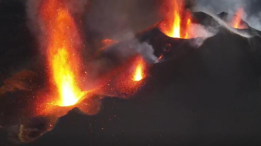 La erupción del volcán de La Palma, a vista de pájaro