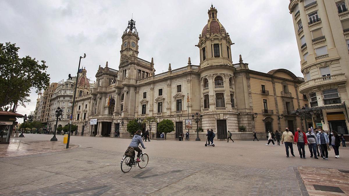 La plaza del Ayuntamiento,  peatonalizada provisionalmente hace un año.  g.caballero
