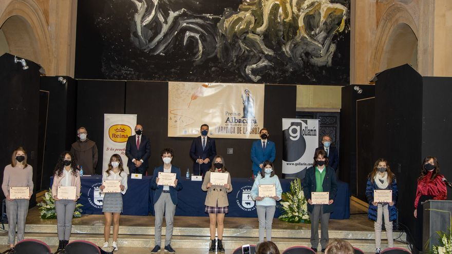 El Ayuntamiento de Caravaca entrega los premios literarios Albacara