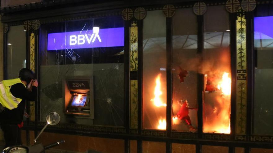 S'eleven a 14 els detinguts pels disturbis a Barcelona d'aquest dissabte