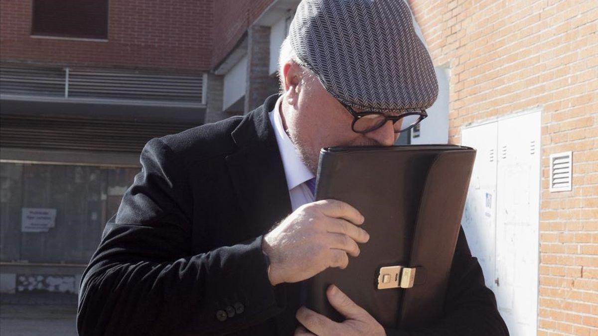 Villarejo, absuelto de su primer juicio por injurias al exjefe del CNI