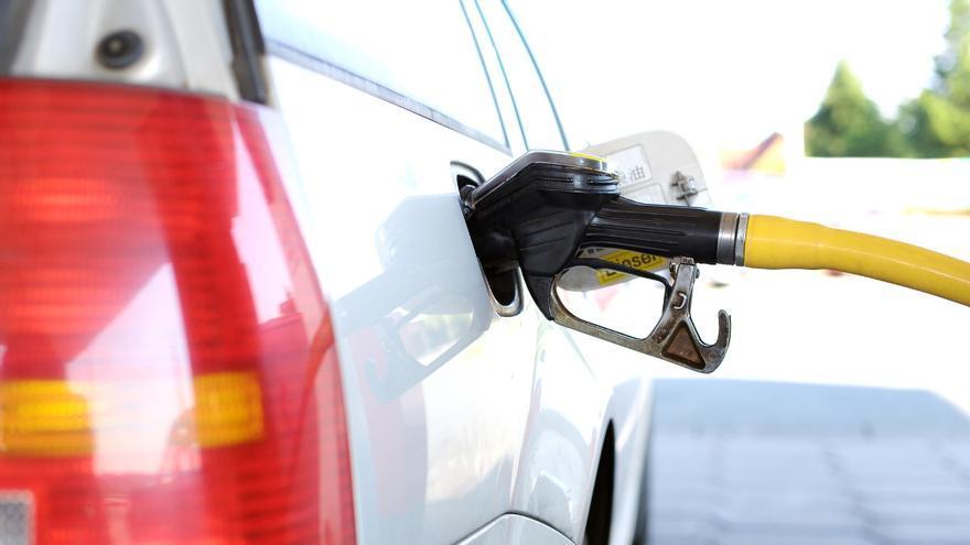 10 trucos para ahorrar combustible de forma eficaz