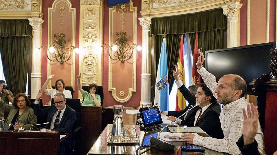 El PP regresa al Gobierno con Jácome 8 meses después de su abrupta marcha del bipartito