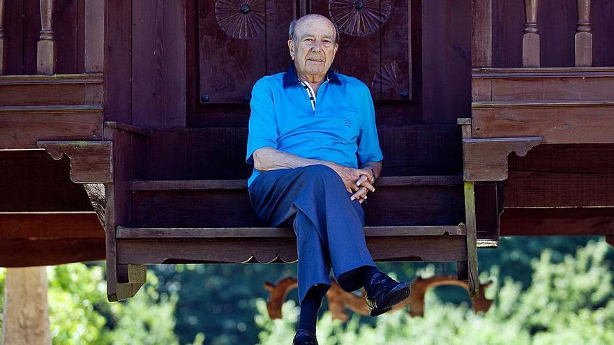 Muere Manuel Lombardero, el gran librero