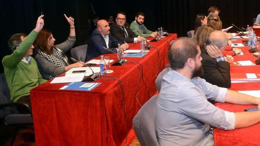 La abstención de Marea permite al BNG aprobar los presupuestos en Pontevedra