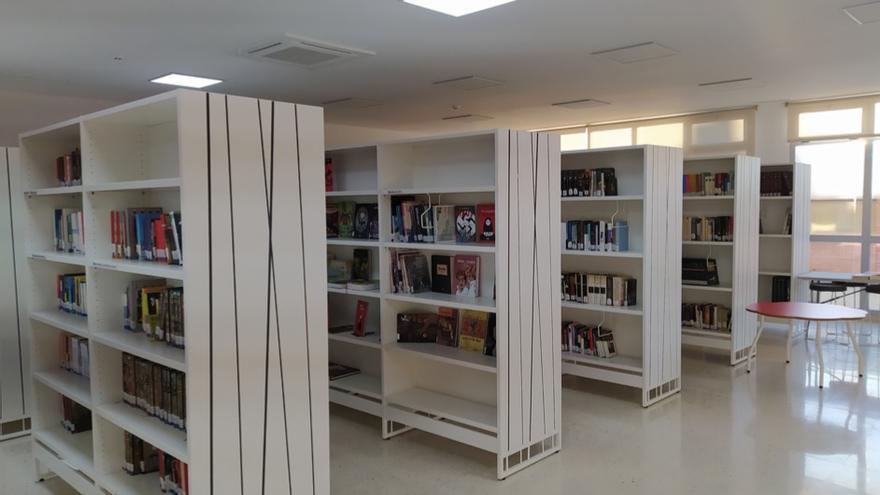 La Biblioteca de Fuente Álamo llegará en autobús a las pedanías del municipio