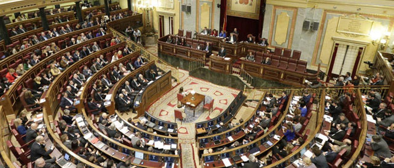 La mayoría de los diputados cobran más que antes de pisar el Parlamento