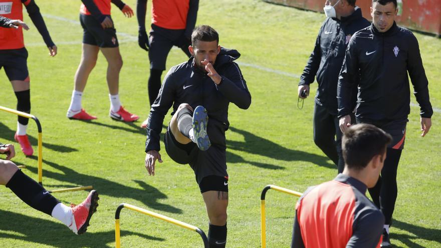 """Aitor García: """"Estamos haciendo méritos para terminar en play-off"""""""