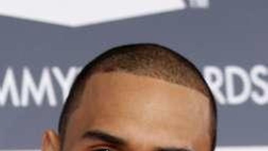 Chris Brown denunciará por calumnia a la joven que le acusa de violación