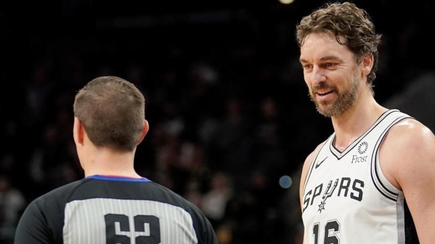Nuevo duelo español en la NBA: Willy supera a Pau