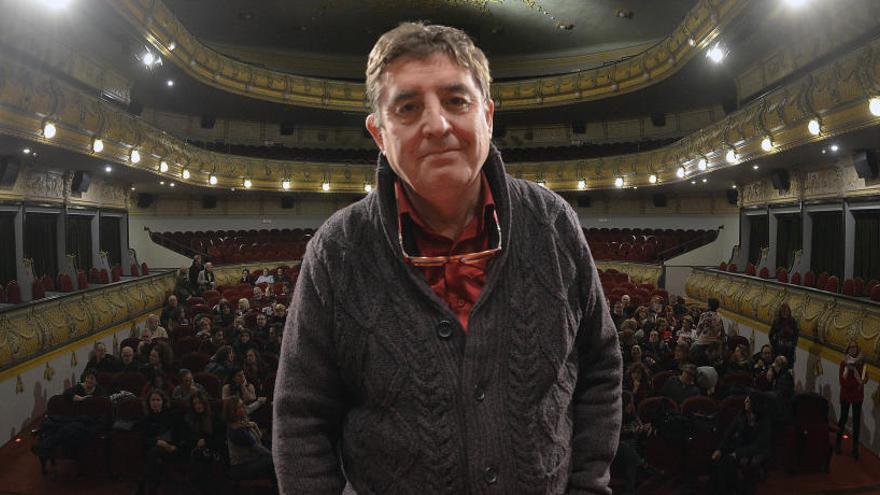 """Luis García Montero: """"La poesía es histórica porque es una práctica social"""""""