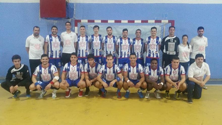 Tercera victoria consecutiva en casa del Handbol Villa Antonia Sant Joan