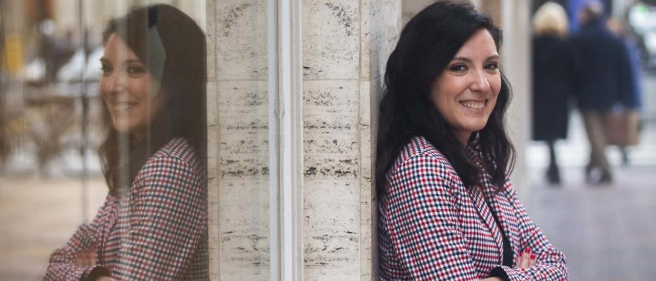 """Mamen Gómez : """"Escribo de una forma muy sincera porque no pienso en el lector"""""""
