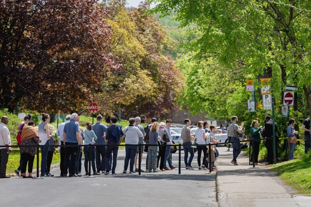 May 25, 2019 - Montreal, Canada: Waiting line ...